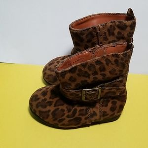 Old Navy leopard boots size 6